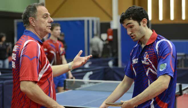 Jean-Claude Decret et le capitaine de l'équipe de France Emmanuel Lebesson