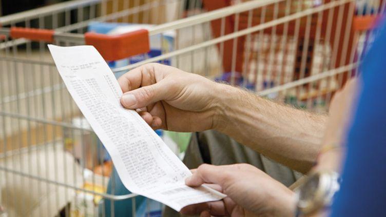 (La Cour des comptes inquiète des produits alimentaires à bas prix © Maxppp)