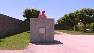 La Saline Royale d'Arc-et-Senans dans le doubs redessinée par le collectif Plonk&Replonk (France 3 BFC)