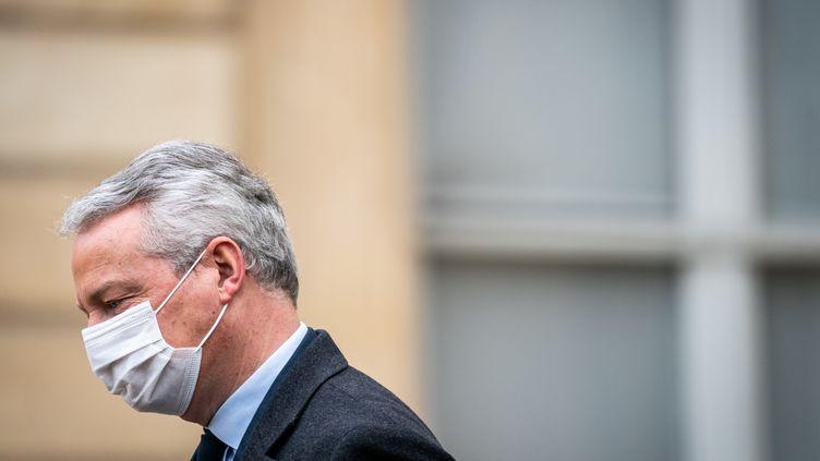 Le ministre de l'Economie Bruno Le Maire à la sortie du Conseil des ministres, le20 janvier 2021 à Paris. (XOS? BOUZAS / HANS LUCAS / AFP)