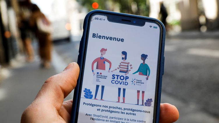 L'application StopCovid sera disponible le 2 juin, en France. (THOMAS SAMSON / AFP)