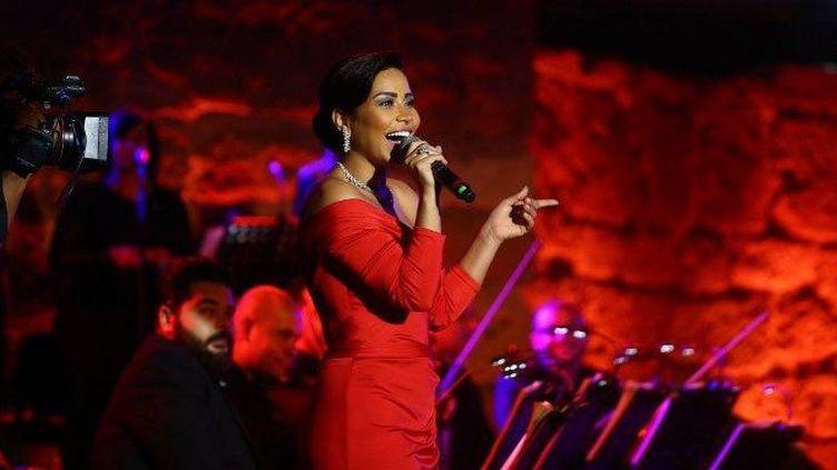 Concert de Sherine Abdel Wahab à Carthage (Tunisie) en juillet 2017. (Yassine Gaidi / ANADOLU AGENCY)