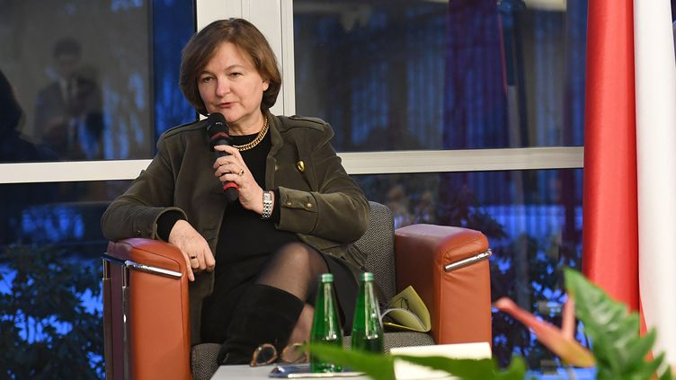 Nathalie Loiseau, ministre des Affaires européennes, parle devant des étudiants àVarsovie (Pologne), le 29 janvier 2019. (JANEK SKARZYNSKI / AFP)