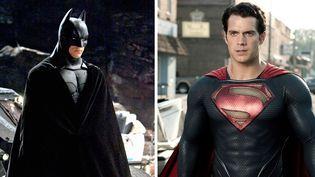 """Batman et Superman dans de précédentes incarnations cinématographiques : Christian Bale (""""Batman begins"""", 2005) et récemment Henry Cavill (""""Man of Steel"""", 2013), qui conservera sa cape pour le futur choc entre les deux super-héros...  (Photo12.com /The Picture Desk / AFP)"""
