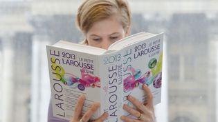 """Le mot """"bolos"""" fait son apparition dans le dictionnaire Larousse 2016. (MIGUEL MEDINA / AFP)"""