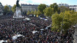 La place de la République, dimanche 18 octobre, lors du rassemblement en hommage à Samuel Paty. (BERTRAND GUAY / AFP)