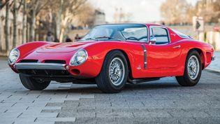 L'Iso Grifo, construite par la marque italienne ISO Revolta GT, marque qui n'existe plus depuis 1974.  (Remi Dargegen (c) 2017 Courtesy of RM Sotheby's)