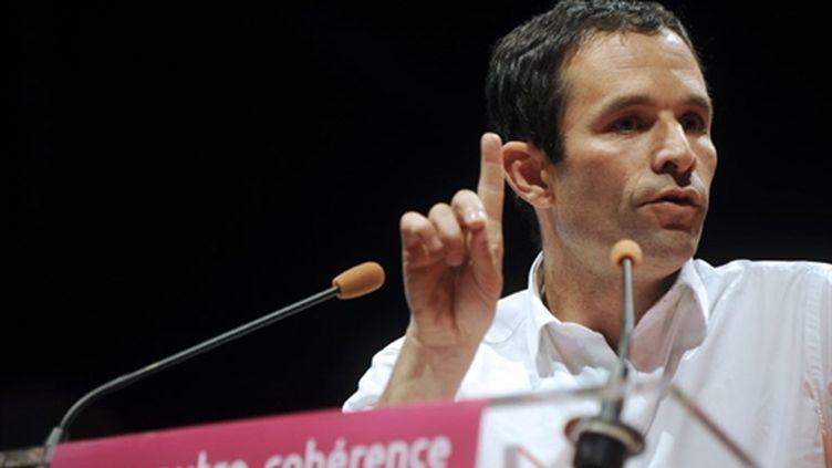 """Benoît Hamon, porte-parole du PS et fondateur du mouvement """"Un monde d'avance"""" le 19 septembre 2010 (AFP/JEAN-PIERRE MULLER)"""