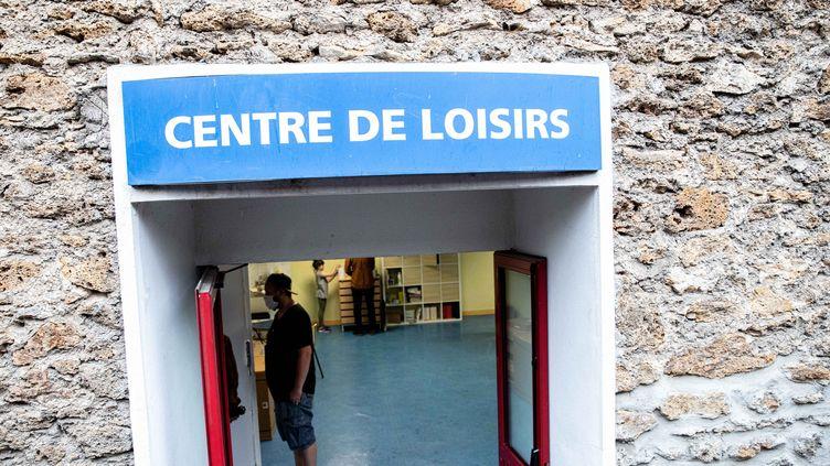 Visite du ministre de l'Education nationale et de la ministre des Sports dans une école de Vincennes, le 4 juin 2020. (CHRISTOPHE MORIN / MAXPPP)