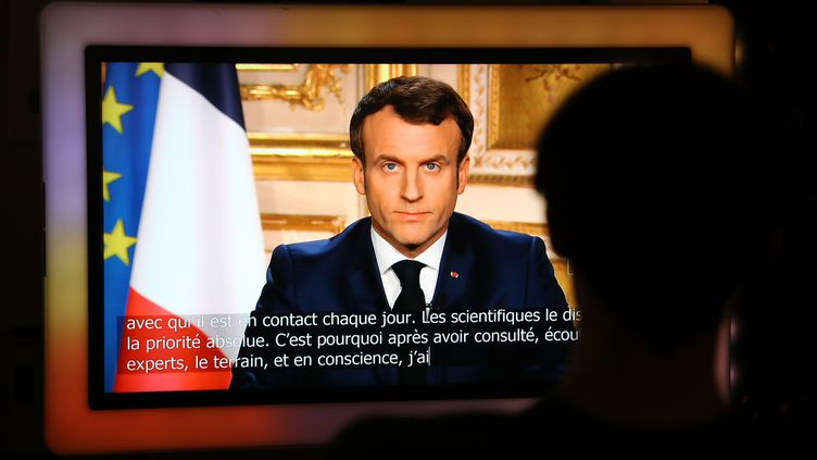 Emmanuel Macron, lors d'un discours à la télévision, le 16 mars 2020. (LUDOVIC MARIN / AFP)