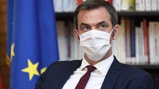 Le ministre de la Santé Olivier Véran, le 21 juillet 2020 à Paris. (BERTRAND GUAY / AFP)