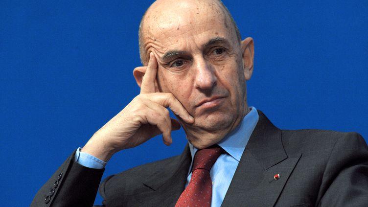Le commissaire général à l'investissement, Louis Gallois, le 30 novembre 2012 à Paris. (ERIC PIERMONT / AFP)
