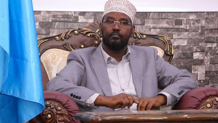 Ahmed Madobe a été réélu à la tête de l'Etat semi-autonome du Jubaland en Somalie, le 22 août 2019. (STRINGER / AFP)