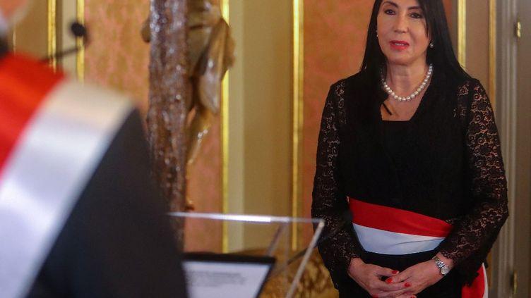 Laministre des affaires étrangères Elizabeth Astete lors de la cérémonie d'inauguration du nouveau cabinet du président Francisco Sagasti, au palais présidentiel de Lima, le 18 novembre 2020. (LUIS IPARRAGUIRE / PERUVIAN PRESIDENCY / AFP)