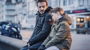"""Samuel LE BIHAN, Roman VILLEDIEU dans """"T'en fais pas j'suis là"""" (Jérôme Prébois)"""