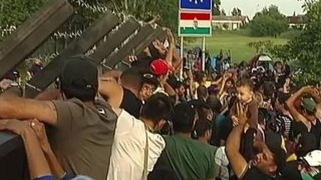 La Hongrie bloque le flux des migrants