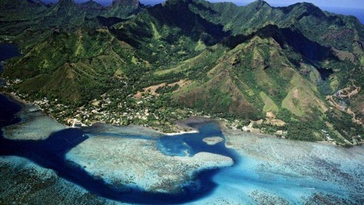 Une des nombreuses îles de l'archipel de Polynésie française (Morea) (TIPS / Photononstop)