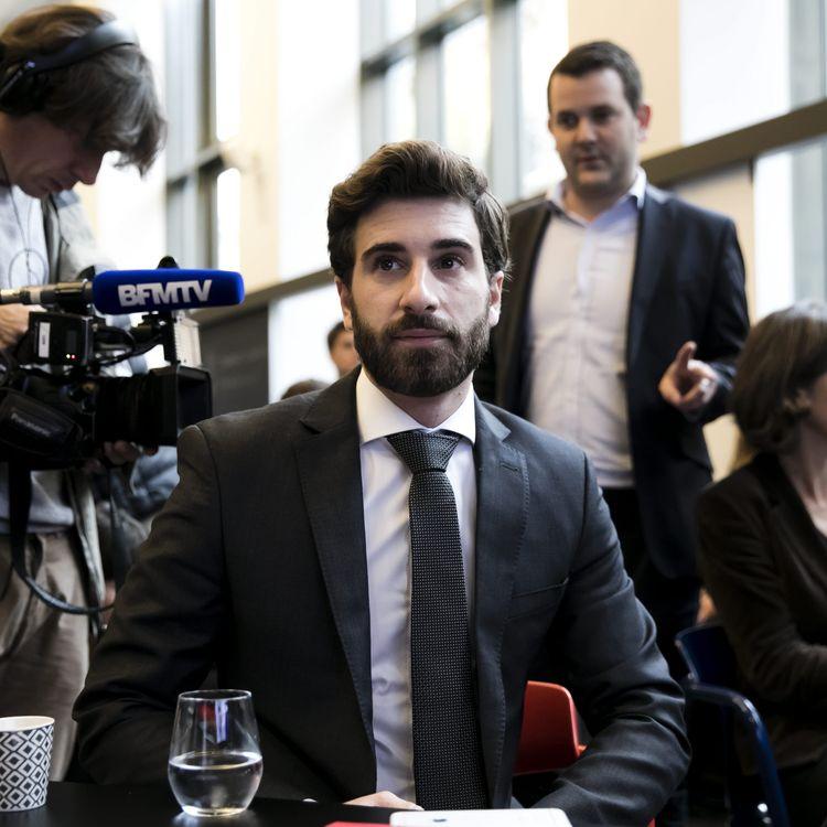 """Julien Rochedy au lancementde la plateforme participative """"Les Amoureux de la France, le pays avant les partis"""", le 25 octobre 2017. (VINCENT ISORE / MAXPPP)"""
