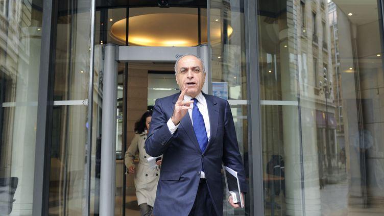 L'homme d'affaires franco-libanais Ziad Takieddine avant son audition par les juges chargés du volet financier de l'affaire Karachi, le 24 avril 2012, à Paris. (BERTRAND GUAY / AFP)