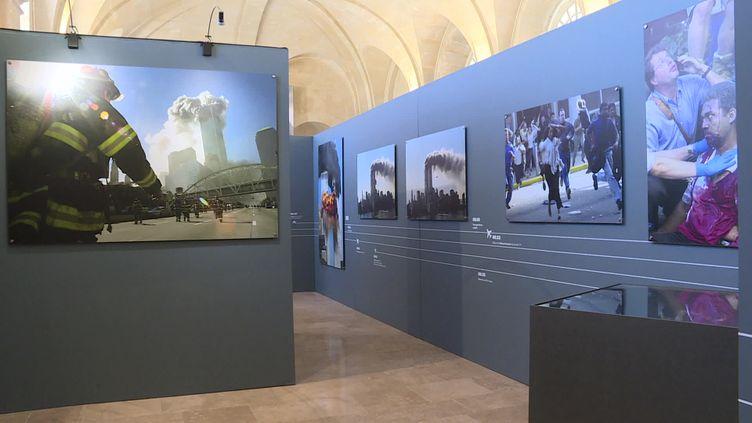 """Exposition """"11 septembre - il y a 20 ans, la fin d'un monde"""" à Caen (France 3 Normandie)"""