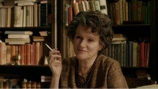 """Barbara Sukowaest """"Hannah Arendt"""" dans le film de Margarette Von Trotta  (Sophie Dulac Distribution )"""