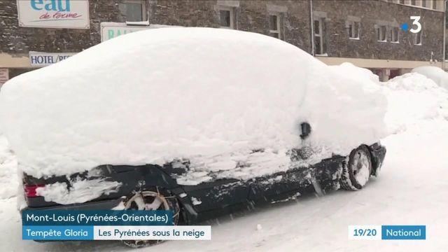 Pyrénées : la neige perturbe la circulation