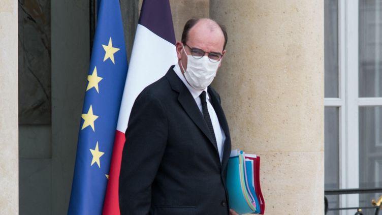 Le Premier ministre, Jean Castex, à la sortie du Conseil des ministres, le 21 avril 2021, au palais de l'Elysée, à Paris. (ANDREA SAVORANI NERI / NURPHOTO)