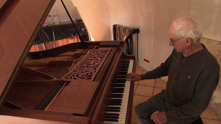 Solidarité : un habitant sinistré de la vallée de la Roya reçoit un nouveau piano (France 3)