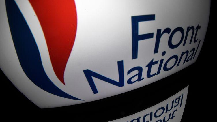 Guillaume Laroze, jeune cadre gay du FN dénonce l'Omerta concernant l'homophobie au parti frontiste. (LIONEL BONAVENTURE / AFP)