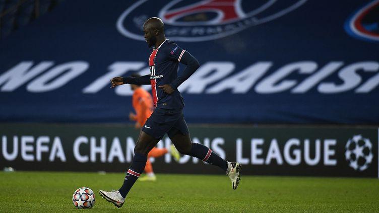 Danilo Pereira, le milieu de terrain du PSG face à Nantes le 14 mars 2021. (JULIEN MATTIA / ANADOLU AGENCY)