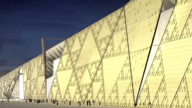 Vue du futur Grand Musée égyptien en cours de construction sur le plateau de Gizeh au Caire  (Culturebox / Capture d'écran)