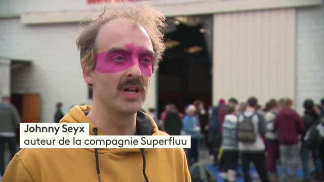 À Amiens, la compagnie Superfluu joue avec les gestes barrières