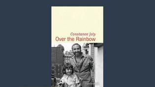 """Livre : """"Over the Rainbow"""", la lettre d'amour d'une fille à son père homosexuel (Capture d'écran franceinfo)"""