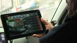 Capture d'écran d'un reportage de France 2 sur la vidéo-verbalisation à Saint-Denis (Seine-Saint-Denis). (FRANCE 2)