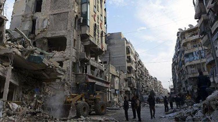 Ruines près de l'hôpital Dar Al-Shifa à Alep (nord de la Syrie) le 22 novembre 2012 (AFP - FRANCISCO LEONG)