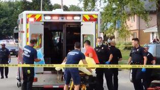 Unpère de famille américain a reçu sept balles dans le dos,tirées par la police, dimanche 23 août. (France 2)