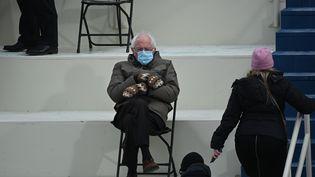 Bernie Sanders lors de la cérémonie d'investiture de Joe Biden, 20 janvier 2021 (BRENDAN SMIALOWSKI / AFP)