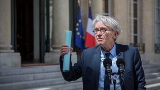 Jean-Claude Mailly, secrétaire général de Force ouvrière, ici à la sortie de l'Elysée le 27 mai 2017, affirme que la France n'a pas les règles les plus strictes en Europe, pour les licenciements. (MAXPPP)