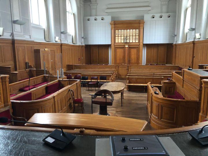 Cour d'assises du palais de justice de Saintes (Charente-Maritime), où sera jugé Joël Le Scouarnec, en mars 2020. (Margaux Stive / franceinfo)