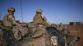 Des soldats français au Mali, en janvier 2017. (STEPHANE DE SAKUTIN / AFP)