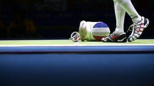 Le fleurettiste Erwann Le Pechoux participe aux Jeux olympiques de Rio, le 7 août 2016. (FABRICE COFFRINI / AFP)