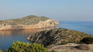 La côte de Cabrera, dans les îles Baléares, en Espagne, le 21 janvier 2020. (MANUEL COHEN / AFP)
