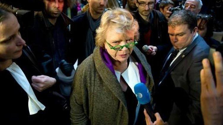 Eva Joly au palais de justice de Paris (16 avril 2002) (AFP)