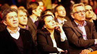 Cécile Duflot, Pierre Laurent et Jean-Luc Mélenchon assistent le 20 janvier à un meeting de soutien à Paris au parti de gauche Syriza, avant sa victoire aux législatives en grèce. (CITIZENSIDE/JALLAL SEDDIKI / AFP)
