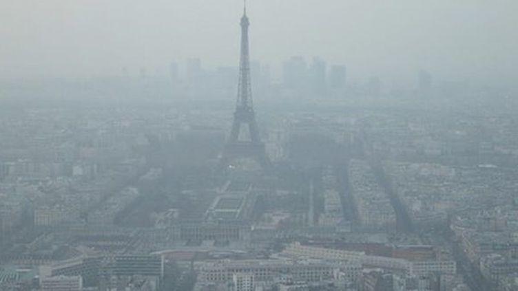 Passer quatre jours à Paris a le même impact sur les poumons que fumer deux cigarettes