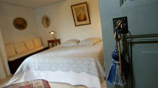 La principale organisation patronale de l'hôtellerie, l'Umih, estime à au moins 100 000 le nombre de chambres d'hôtes illégales en France. (Photo d'illustration) ( MAXPPP)