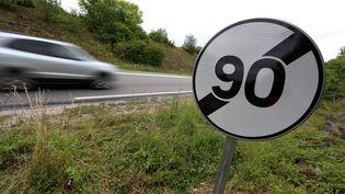 Des panneaux de limitation de vitesse à 90 km/h seront de retour, le 9 janvier 2020, sur certaines routes départementales de Haute-Marne. (MAXPPP)