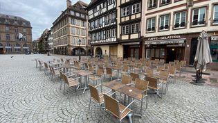 Une terrasse à Strasbourg, en mai 2021 (illustration). (ANTOINE BALANDRA / RADIO FRANCE)