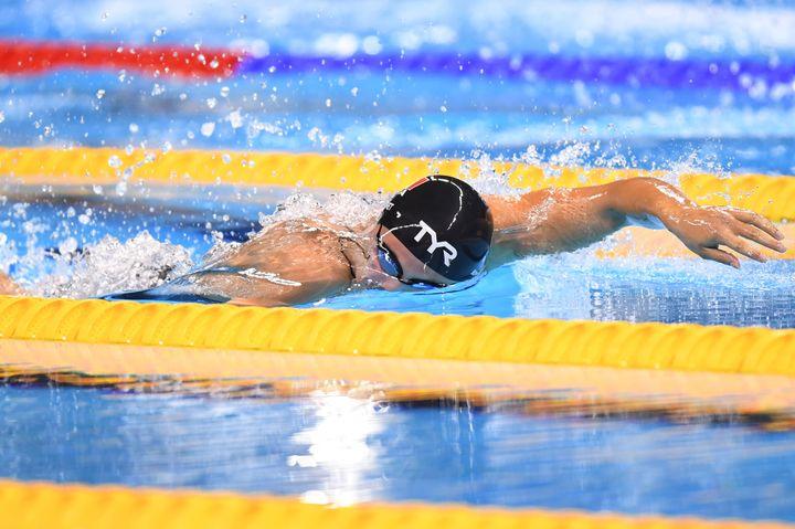 Charlotte Bonnet lors de la demi-finale du 200m nage-libre.
