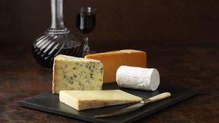 Un plateau de fromages. (DIANA MILLER / CULTURA CREATIVE / AFP)